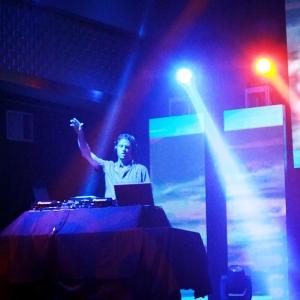 DJ-Rex-@-Stage-48